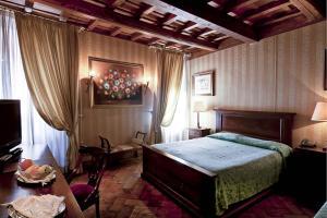 Castle of Glamour XVI century Luxury Apartments - AbcRoma.com