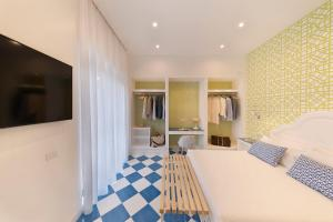 Luxury Four Bedroom Home - AbcAlberghi.com