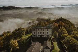 Castello di Viano