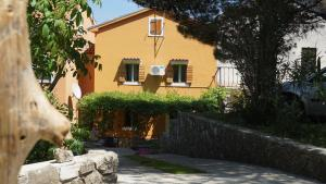 Family friendly house with a parking space Nerezine, Losinj - 17984
