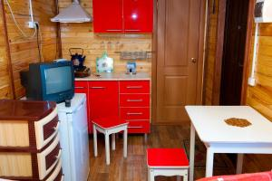 Guest House Gostevie Domiki, Penzióny  Gorjačij Ključ - big - 43