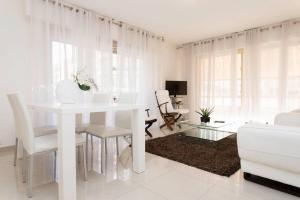 Deluxe 2 bedrooms in the centre!, Ferienwohnungen  Cannes - big - 3