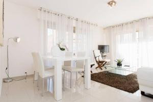 Deluxe 2 bedrooms in the centre!, Ferienwohnungen  Cannes - big - 27