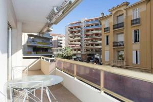 Deluxe 2 bedrooms in the centre!, Ferienwohnungen  Cannes - big - 28