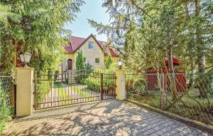 Holiday home Grzybowo ulJalowcowa
