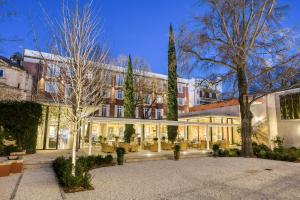 Location gîte, chambres d'hotes Maison Albar Hotels L'Imperator dans le département Gard 30