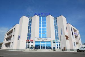 Гостиницы города Фатеж