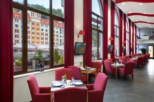 Tulip Inn Rosa Khutor Hotel - Estosadok