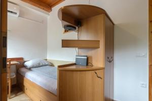 Cozy, Bright and Affordable Single Studio - Free Parking