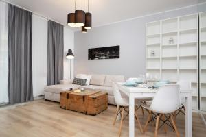 Apartment Warsaw Żoliborz by Renters
