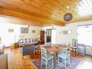 Woodside Chalet , Oughterard