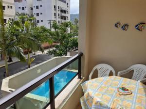 Guarujá - Enseada 3 dormitórios PISCINA E CHURRASQUEIRA 2 vagas de Garagem e WiFi