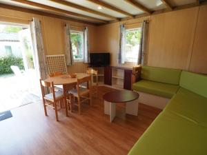 Location gîte, chambres d'hotes Camping Le Sorlut dans le département Charente maritime 17
