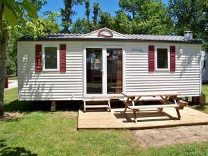 Location gîte, chambres d'hotes Camping les Peupliers dans le département Gironde 33