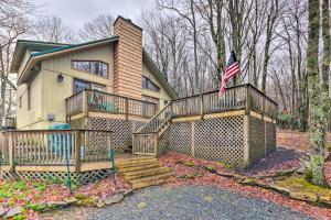 Cabin with Deck Hike and Ski the Blue Ridge Mountains