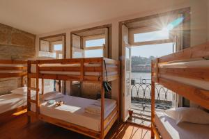 Happy Porto Hostel & Apartments Oporto