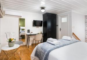 Mavrogenous Luxury Apartments Argolida Greece