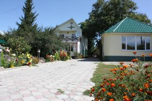 Гостевой дом Jamilya B&B, Каракол