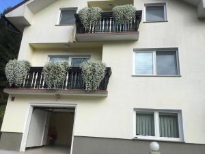 Apartments Larisa