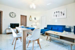 Koukounari Luxury Apartments Aegina Greece