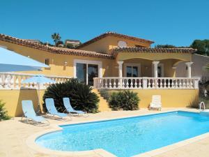 Ferienhaus mit Pool Sainte Maxime 270S