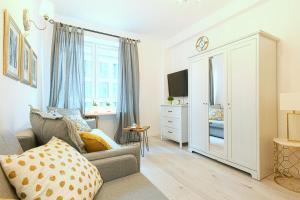 Chmielna Apartments by Petite Fleur Warsaw