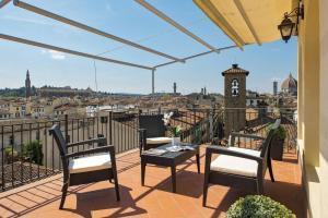 Apartments Florence Santa Croce Terrace Deluxe - AbcAlberghi.com