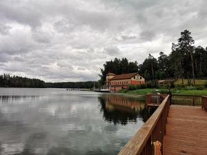 Komfortowy dom nad jeziorem Mielno Mazury