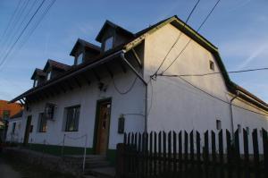Jázmin Panzió - Herend