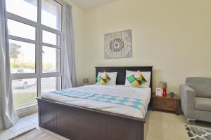 OYO 435 Home Discovery Gardens, Street 4- Building 48, Studio - Dubai