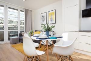 Family City Center Apartments by Renters