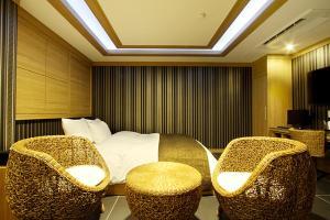 Suwon Orsay Business Hotel, Hotely  Suwon - big - 108