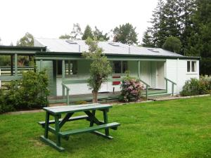 Alpine Holiday Apartments & Campground - Hanmer Springs