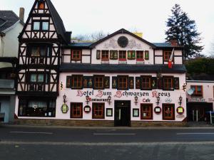 Hotel Zum Schwarzen Kreuz - Hönningen