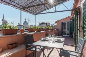 Piazza Navona Panoramic Penthouse - abcRoma.com