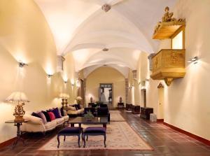 Convento do Espinheiro (13 of 50)