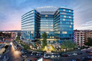 Отель DoubleTree By Hilton Istanbul-Moda