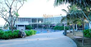 Oceanami Beach Club and Resort Long H?i