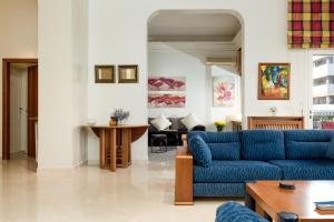Gemmayzeh Charming 2BD Apartment