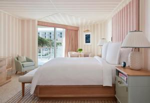 Four Seasons Resort Palm Beach (9 of 32)