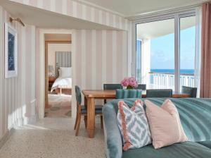 Four Seasons Resort Palm Beach (16 of 32)