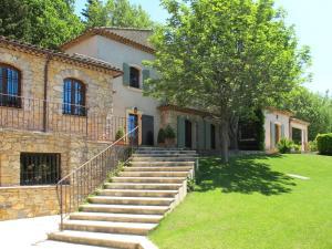Ferienhaus mit Pool Rocbaron 160S
