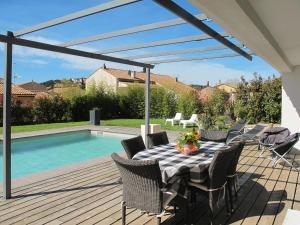 Ferienhaus mit Pool Carqueiranne 135S