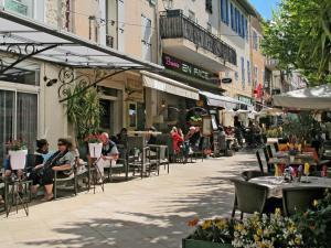 Ferienhaus Bagnols en Foret 110S