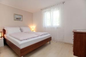 Apartment Eva, Ferienwohnungen  Trogir - big - 15
