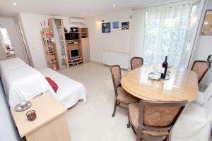 Apartment Eva, Ferienwohnungen  Trogir - big - 5