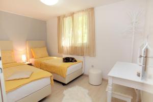 Apartment Eva, Ferienwohnungen  Trogir - big - 16