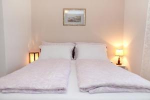 Apartment Eva, Ferienwohnungen  Trogir - big - 13