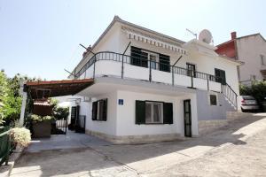 Apartment Eva, Ferienwohnungen - Trogir