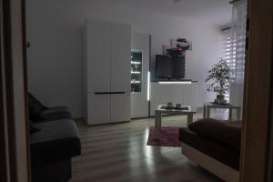 Danny Apartments
